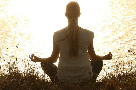 What Are The Benefits You Can Derive Out Of a Yoga Class?
